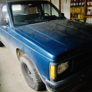 36 Parker Rd Watertown | 36 parker Rd WatertownAbsolute Auction1990 Chevy S10 Pick Up