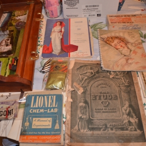 Cainsville Rd Lebanon TN Estate Auction Antique Books & Magazines