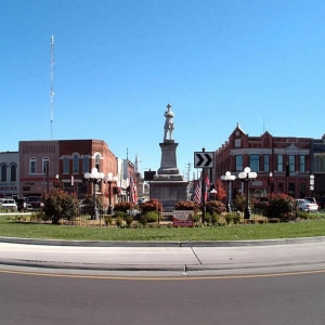 Historic Lebanon Square | Combination of the Historic and Modern, the Historic Square is full of shops, eateries and entertainment