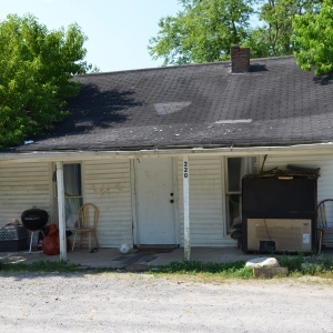220 Comer Ln | McClanahan Auction220 Comer Ln