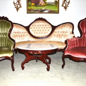 Victorian Parlor Set | Victorian Sofa, Ladies  Chair and Gents ChairReynolds Absolute Auction